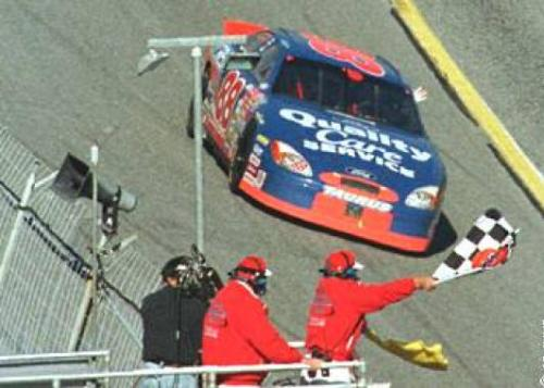 Dale Jarrett captures his third Daytona 500. Only Richard Petty and Cale Yarborough have more